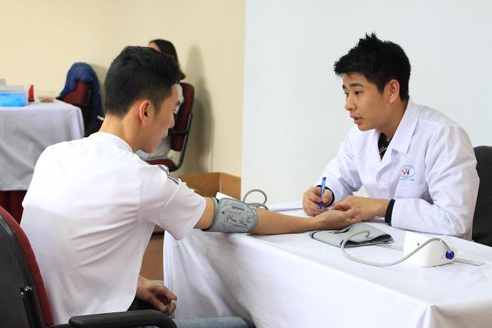khám sức khỏe đi du học