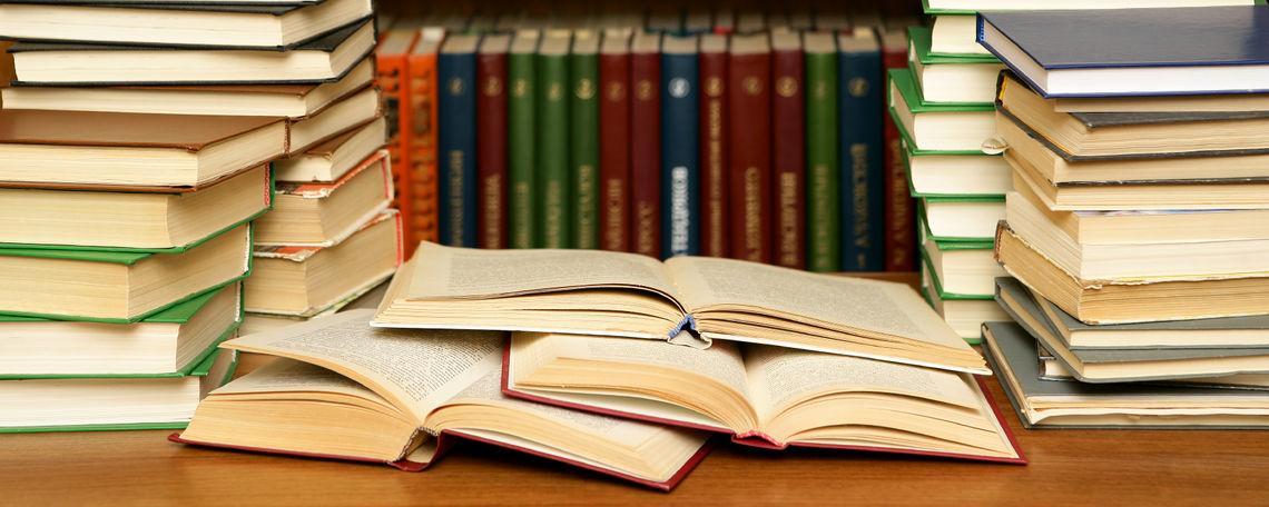 Tìm kiếm các tài liệu cần thiết là điều rất khó khăn khi thực hiện báo cáo thực tập hiện nay